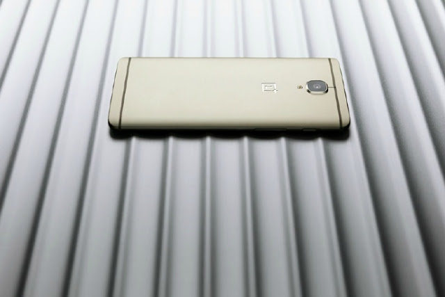 One Plus 3 Soft Gold Variant